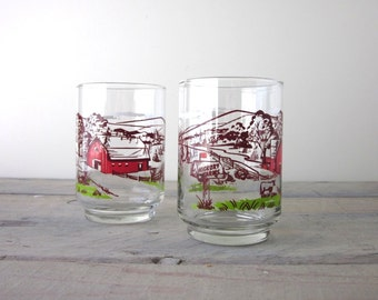 Vintage Red Barn Farm House Glasses Hickory Farms Set of Two