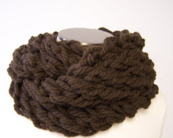 Super Chunky Knit Infinity Scarf, Chunky Knit Loop Scarf, Knit Eternity Scarf, Cowl, Circle Scarf, In Chocolate Brown