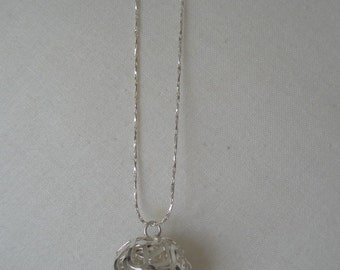 Silver Wire Endless Love Ball Pendant Necklace