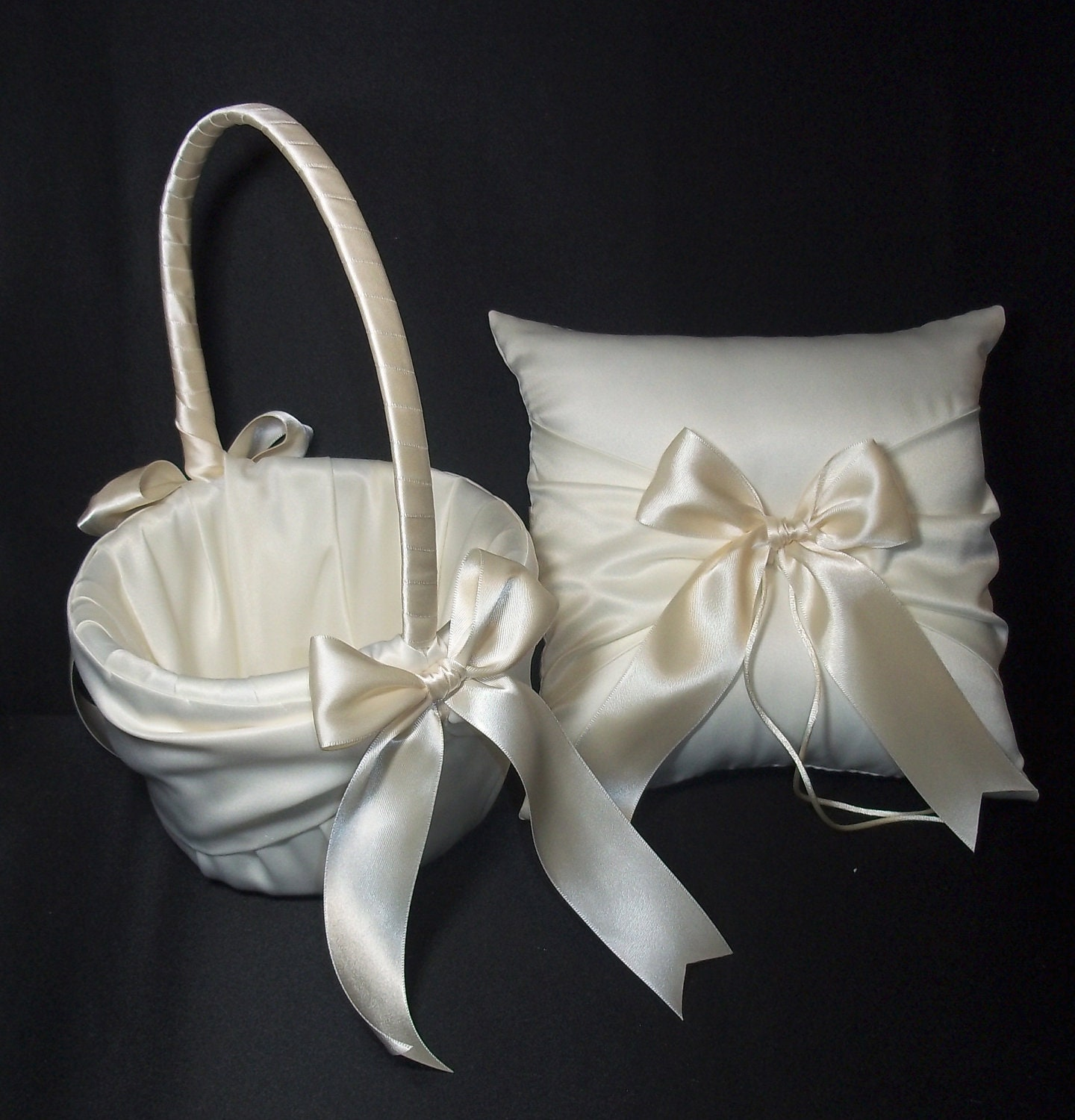 Flower Girl Baskets And Ring Pillows : Ivory or white wedding ring bearer pillow flower girl basket