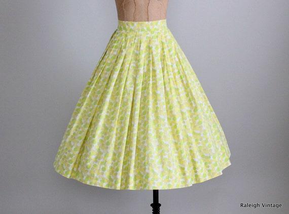 Vintage 1950s Skirt : 50s Lime Dot Full Skirt