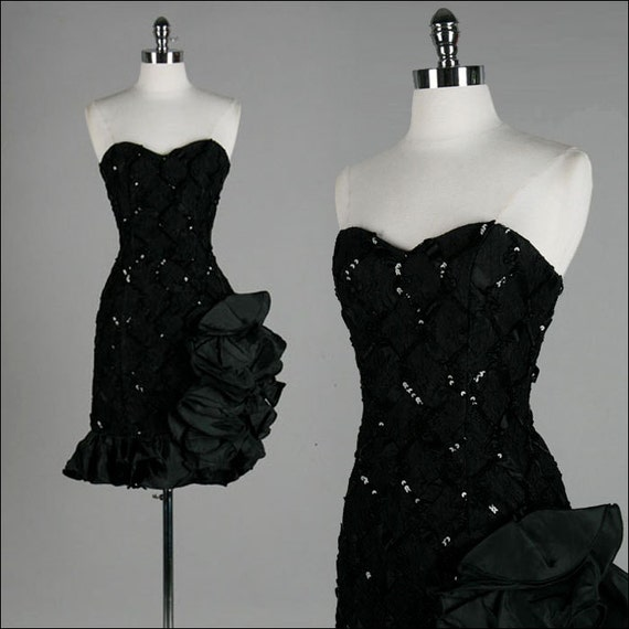 Vintage 1980s Dress . Black . Lace . Sequins . Strapless . XS/S . 1918