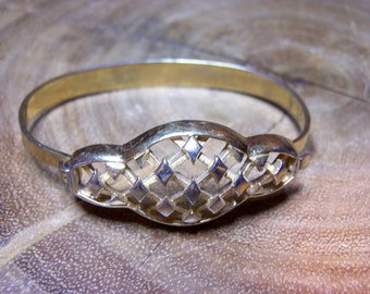 Gold Metal Ornate Bracelet Signed Trifari