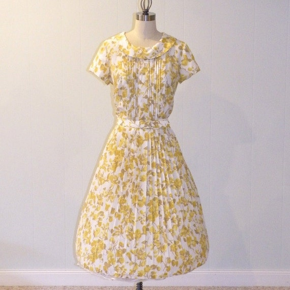 1960s Dress / Vintage 60s Dress, Puckered Nylon Floral Marigolds Garden Party Day Dress, Belted Waist, Full Pleated Skirt