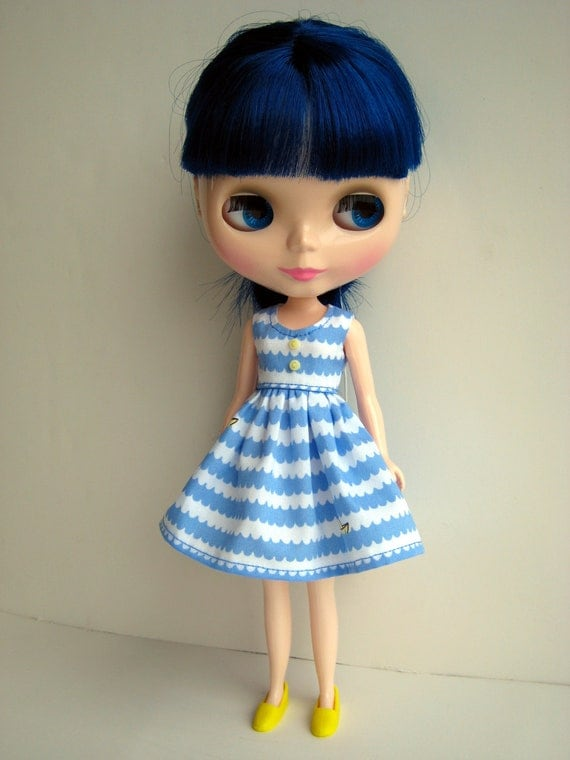 Yellow Sailboats Blue Water Waves White Sleeveless Dress for Neo Blythe Dolls