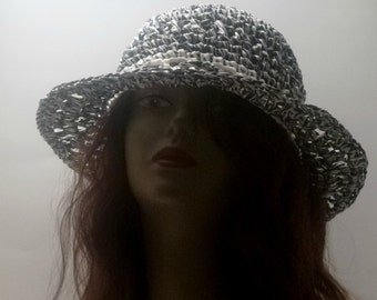 Womens Black and White Raffia Sun Hat Summer Collection Vintage Style