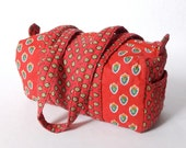 80's Quilted Duffel Style Purse Shoulder Bag