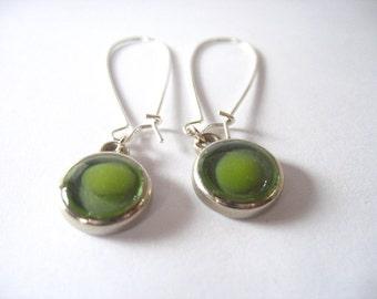 Green earrings, drop earrings , resin earrings , resin jewelry , dangle earrings , resin jewellery , silver earring , round earrings
