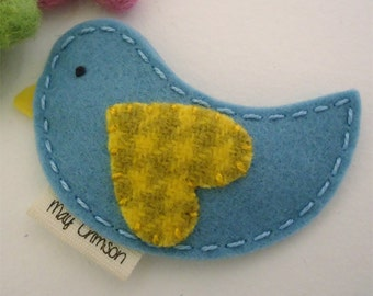 Felt hair clip -No slip -Wool felt -Betty the bird -aqua