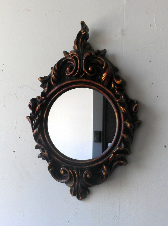 Round Wall Mirror in Ornate Vintage Regency Frame