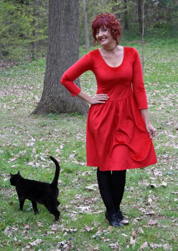 80s red velvet dress medieval renaissance grunge revival  long sleeve size medium