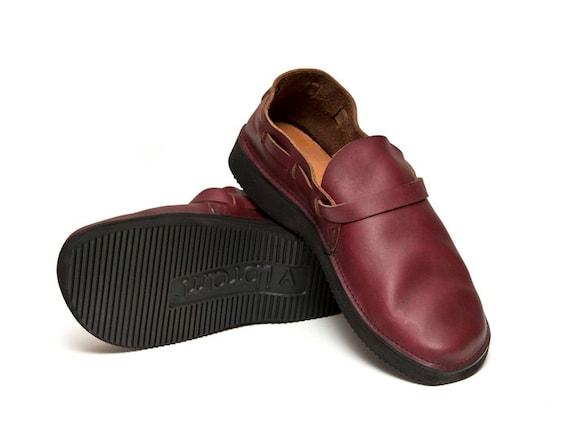 s oxblood handmade leather shoes by aurorashoeco on etsy