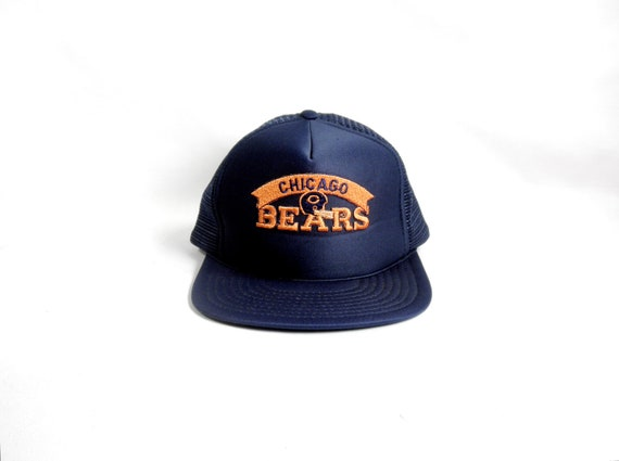 hot sale online 08cb1 92ad6 ... Chicago Bears Snapback  Vintage 1980 s Chicago Bears NFL Snapback  Trucker Cap