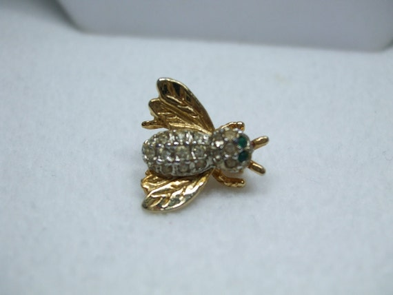 Vintage Goldtone Bumble Bee Green and clear Rhinestone Figural brooch