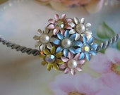 Got to Have it Ring.vintage assemblage enamel and rhinestones  flower ring