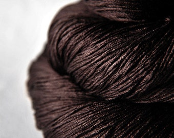 Burnt cacao beans - Silk Lace Yarn - knotty skein