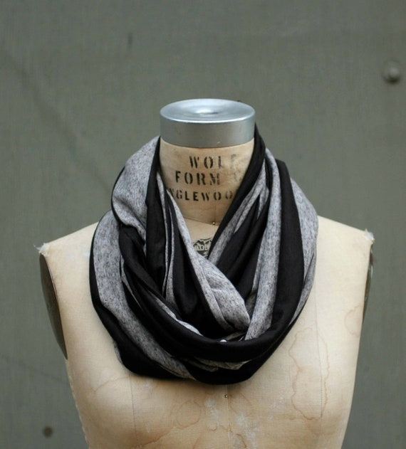 Heather Gray and Black Circle Scarf