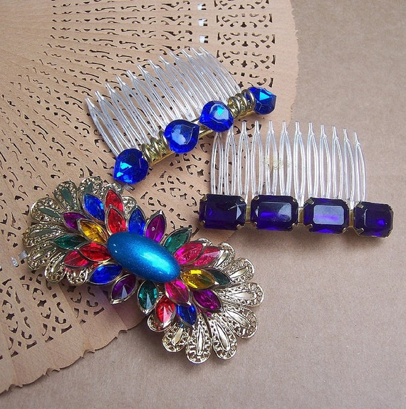 Vintage hair combs plus one barrette blue themed hair accessories 1980s
