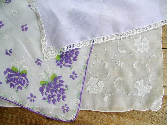 vintage 1950s 3 lovely old white and lavender hankies lace embroidery violets print