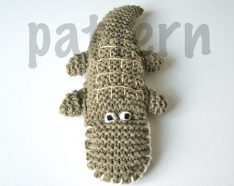 Crocodile knitting pattern PDF, knitted crocodile, tutorial, green, animal, toy, PDF file, instant download