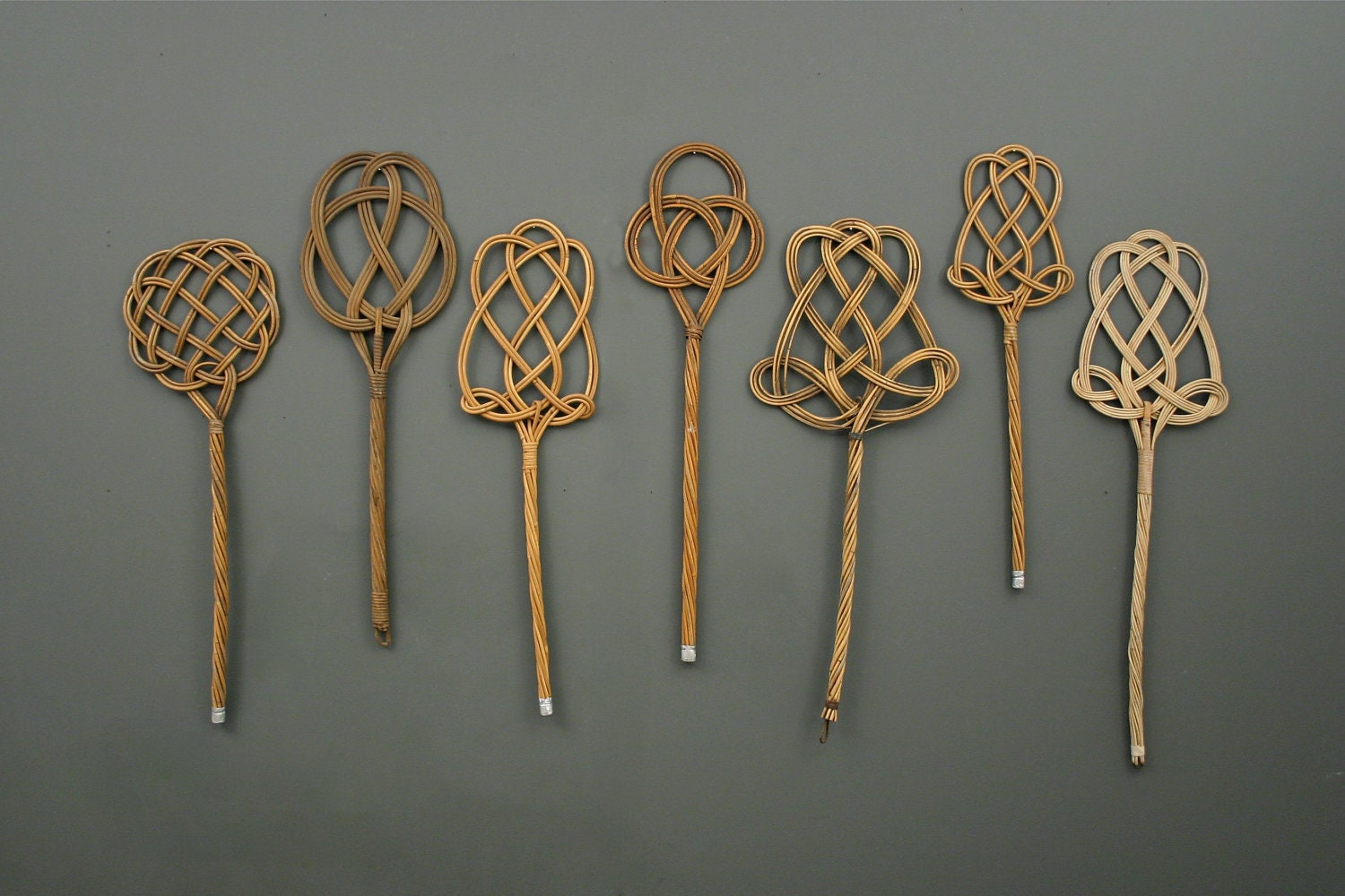 1 Vintage Carpet Beater From England Wall Display