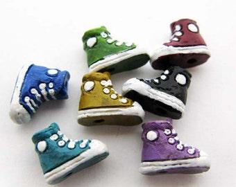 20 Tiny Mixed Sneaker Beads - CB902