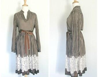 Vintage 70s  Dress - secretary dress - disco dress - polka dot dress - career fashion -knee length - S M