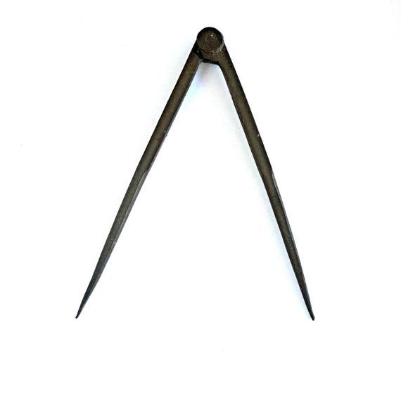 Vintage Compass Needle Point