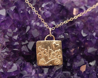 Sister Necklace in Gold / Sister Gift / Big Sister Gift / Little Sister Gift / Soul Sister / Sisters Gift / Sisters Charm / Gifts for Sister