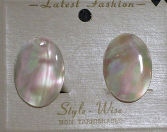 Vintage Mother of Pearl Clip on Earrings  1960 NEW OLD STOCK...csc148