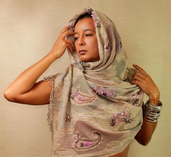 Paisley Pashmina Scarf, Pashmina Shawl, Pashmina Wrap, Oversized Wool Scarf, Unique Hand Embroidery Beaded Shawl, Grey Pink Infinity Shawl