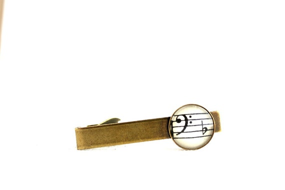 Men's accessory vintage style tie clip with sheet music under glass.  Gift for dad, brother, boyfriend, groom, husband