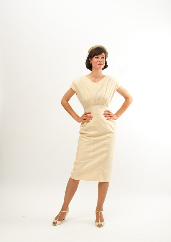 Vintage 1980s Wiggle Dress - 80s does 50s Dress - Buttercream Yellow