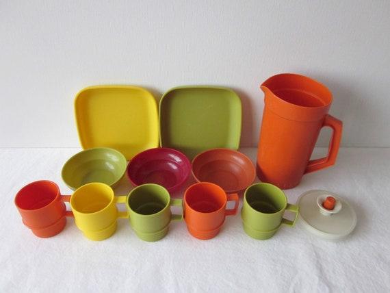 Vintage Tupperware Toys Dishes - Mini Serve It Set