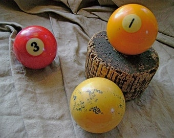 Vintage Billiard balls - Man cave fodder, lamp project