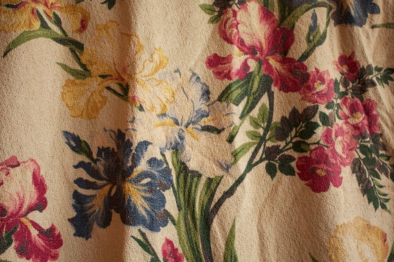 Small Vintage 1940s Barkcloth CURTAIN Panel with IRIS Flowers