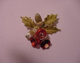 Vintage Christmas Acorn Bow And Bells  Brooch   XMAS - 432