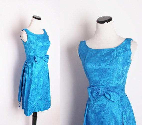 Vintage 1950s Blue Cocktail Dress / Cocktail Dress / Dress / Dresses / Vintage Dress / Wiggle Dress / Jacquard / 1372