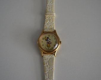 Vintage Minnie Mouse Watch Collectible w Crocodile Calf by Lorus Quartz