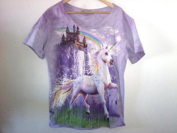 Unicorn Castle Rainbow TShirt / Whimsical / 70s 80s 90s Grunge / Gypsy Indie Boho Hippie Chic / Summer Festival
