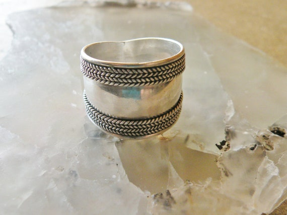 Wide Silver band