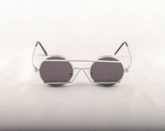 Vintage 80s 90s Unique Silver Round Circle Sunglasses with Bridge Dead Stock Deadstock