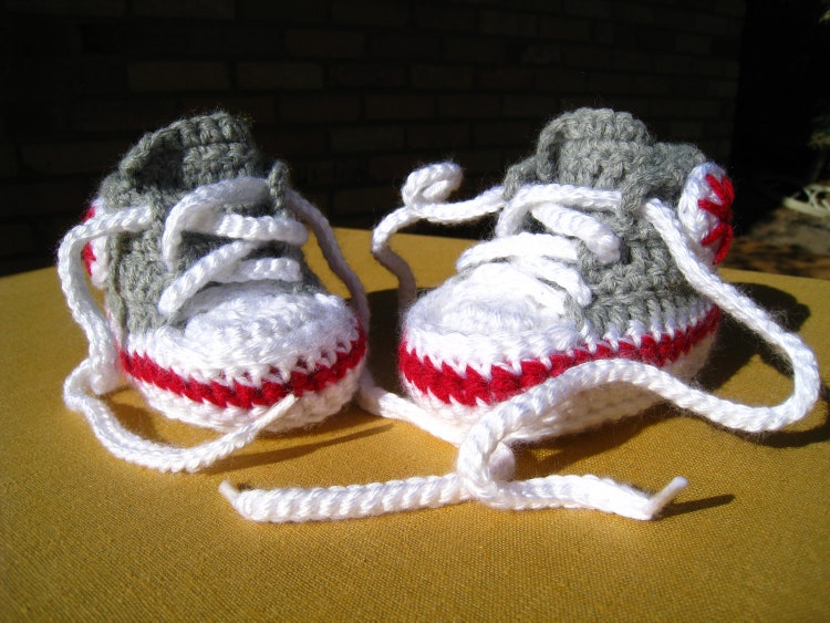 CROCHET PATTERN baby high tops baby sneakers by ...