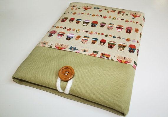 Ipad case sleeve for ipad 2, new ipad -padded sleeve - Little Matryoshka Doll