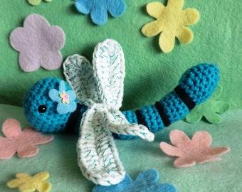 Dot the dragonfly amigurumi crochet pattern