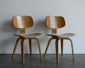 Vintage Mid Century Modern Thonet Plywood Chair (Set of 2)