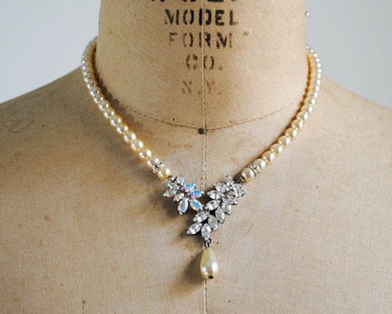 vintage 40's necklace. pearl & crystal necklace. elegant. faux diamonds. art nouveau necklace 1940's.