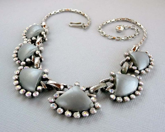 1950's Grey & Aurora Borealis Lucite Fan Necklace - Vintage