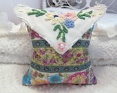 Vintage Whole Cloth Quilt Pillow -w- Beautiful Floral Display & An Envelope Flap From  Chenille -w- Floral Display - Chenille Bedspread