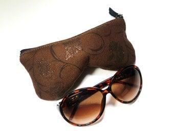 Curves Eyeglass Case, Sun Glass Case, Sunglasses Case, Zippered Eye Case , Eye Glass Pouch - Brown Sparkle